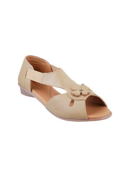 22c6978d50ab89 Mochi Shoes - Shop Online for Mochi Shoes in India