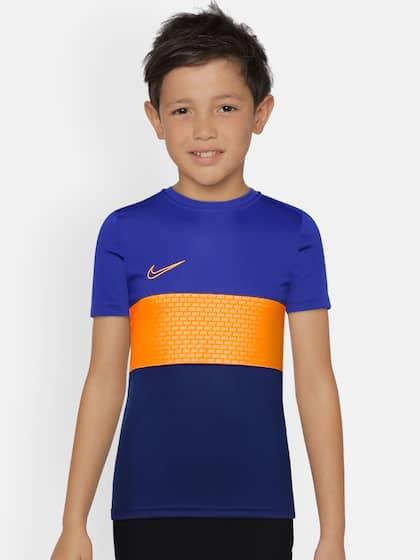 3782a5567 Boys Girls Nike Tshirts - Buy Boys Girls Nike Tshirts online in India