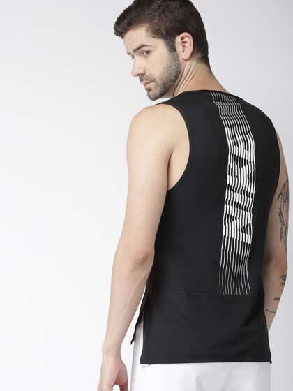 4d3b428f1cec7 Nike Sleeveless - Buy Nike Sleeveless online in India