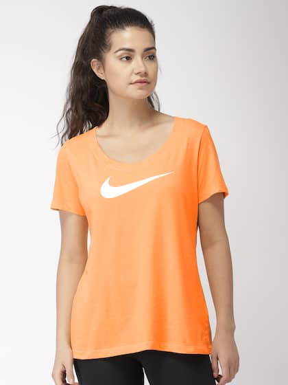 newest 4cae6 6f428 Nike. SCOOP SWOOSH X DriFIT Training
