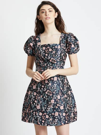 b19ee4b2b35 COVER STORY. Women Printed Fit and Flare Dress
