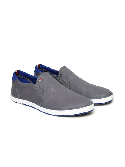 07bcdb7a08cfb Casual Shoes For Men - Buy Casual & Flat Shoes For Men | Myntra
