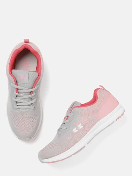 new photos 5a042 16ad0 Sports Shoes for Women - Buy Women Sports Shoes Online | Myntra