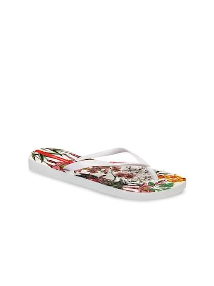 8620c88eb Ipanema Store - Buy Ipanema Footwear Online in India at Myntra