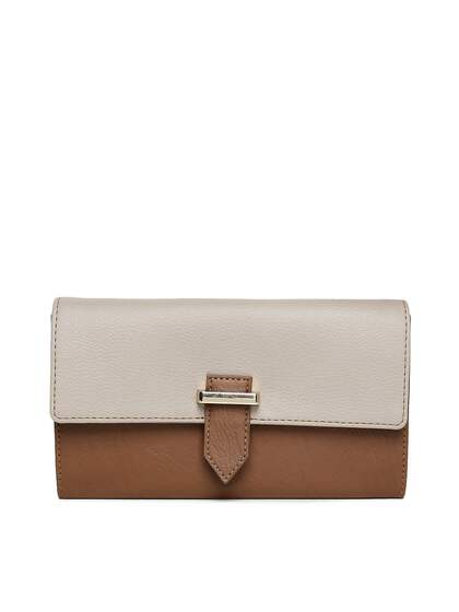 8387a6d4acd0be Baggit Wallet - Buy Baggit Wallets for Men & Women Online   Myntra
