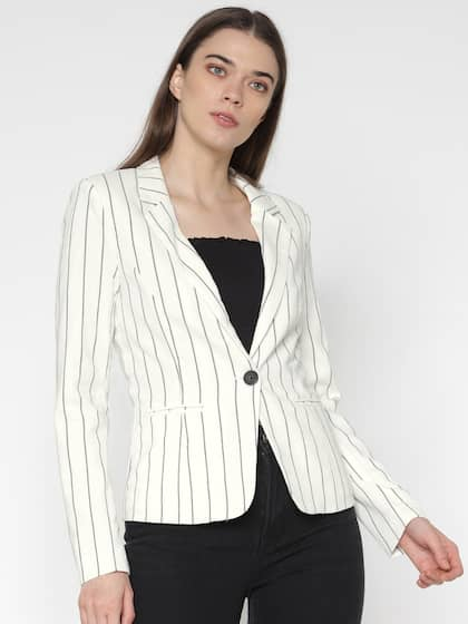 7a190acb776a9 Women Blazers Online - Buy Blazers for Women in India