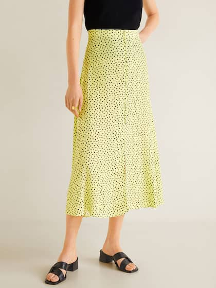 4cafb3c792 Skirts & Shorts for Women - Buy Ladies Shorts & Skirts Online - Myntra