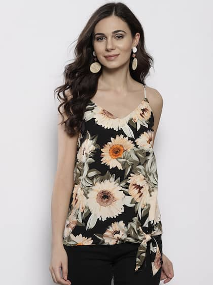 7a5ecb85a74384 Black Tops - Buy Black Colour Tops Online in India | Myntra