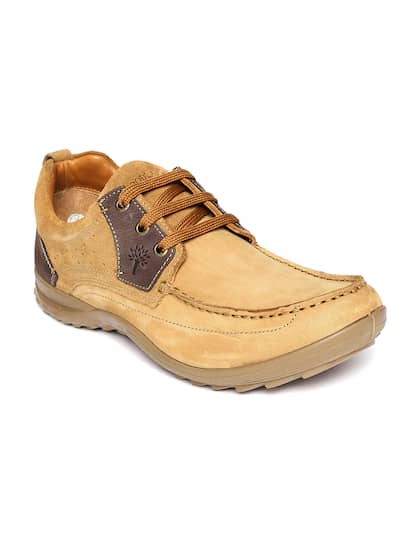 1ce9219102fbf Woodland Shoes - Buy Genuine Woodland Shoes Online At Best Price ...