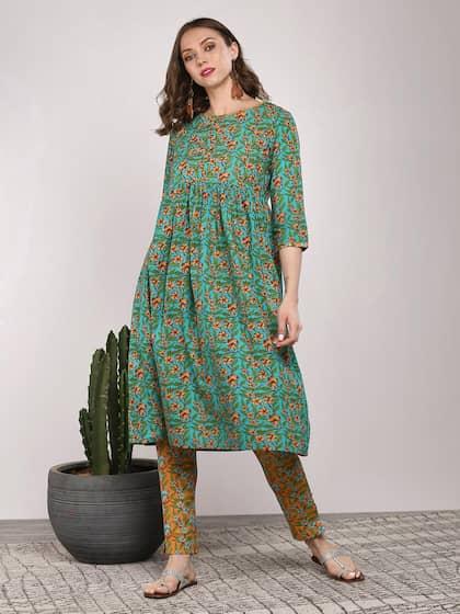 9eca34ec8f Women Clothing - Buy Women's Clothing Online - Myntra