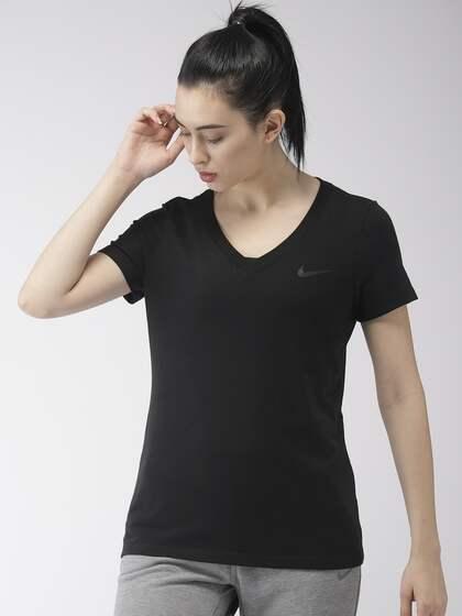 6a6f9612 Nike Tshirts Women - Buy Nike Tshirts Women online in India
