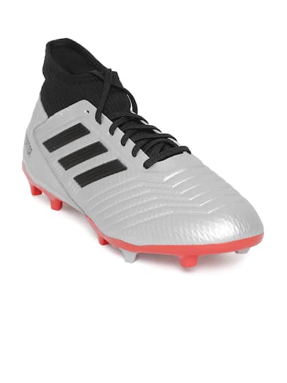 13dc60a5c7 Football Shoes - Buy Football Studs Online for Men & Women in India