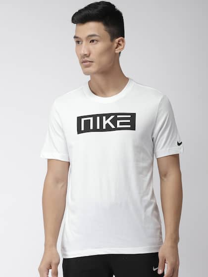 ed5cdb2a4 Sports T-shirts - Buy Mens Sports T-Shirt Online in India |Myntra
