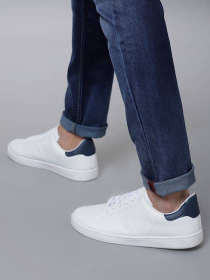 3fcb97553c2ee Casual Shoes For Men - Buy Casual & Flat Shoes For Men | Myntra
