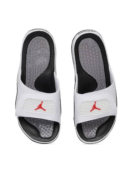 buy online 58a49 cb255 Jordan Shoes - Buy Jordan Shoes For Men Online in India | Myntra