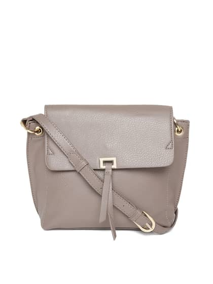 274925ea15 Women In Handbags - Buy Women In Handbags online in India
