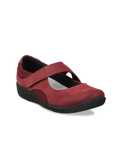 e136f5a78124a CLARKS - Exclusive Clarks Shoes Online Store in India - Myntra