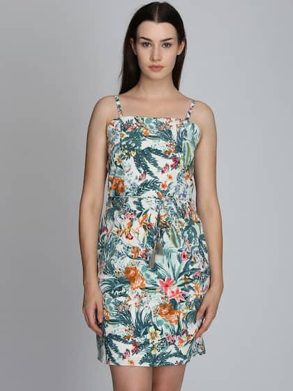 48d2d4125fc A Kurt Dresses Shrug S - Buy A Kurt Dresses Shrug S online in India