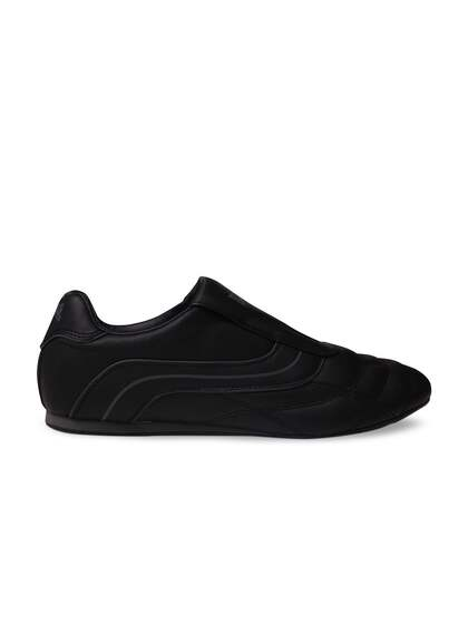 b2abbfeaed15ba Gym Shoes - Buy Trendy Gym Shoes For Men & Women Online | Myntra