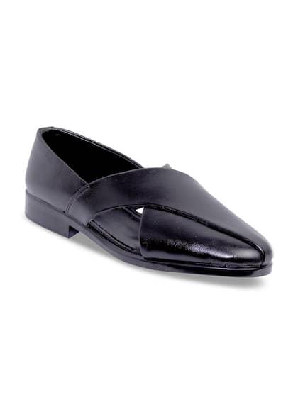 51dd31183cd817 Sandals For Men - Buy Men Sandals Online in India