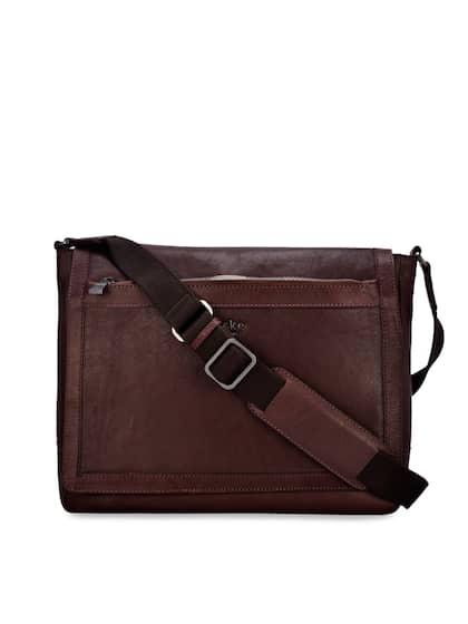Laptop Bag - Buy Laptop Bags   Backpack Online in India  00d024a3712e1