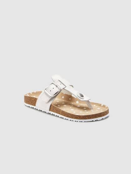 1fd7dd6a19f4 Girl s Flats - Buy Cute Flats for Girls Online