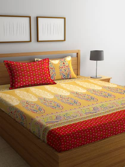 0cc202d5442 BOMBAY DYEING. 300 TC 1 King Bedsheet with 2 Pillow Covers