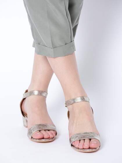 fea4337c4a5 Heels Online - Buy High Heels, Pencil Heels Sandals Online   Myntra