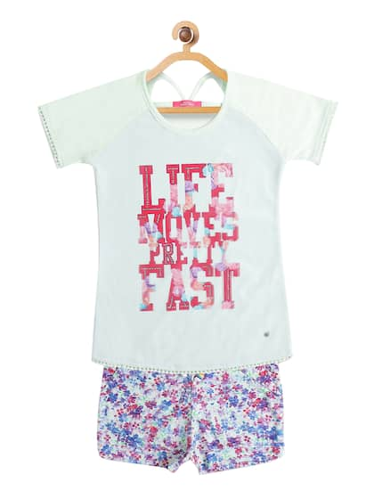 a24410aff15e Girls Clothes - Buy Girls Clothing Online in India | Myntra