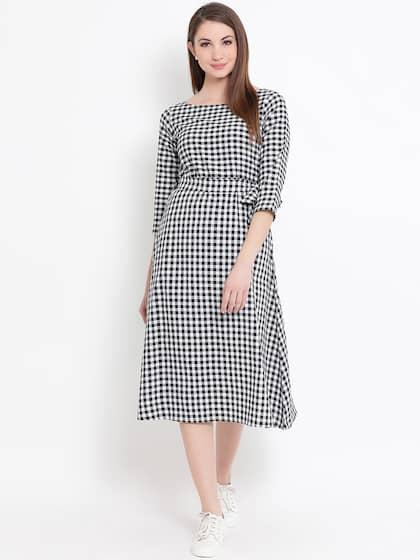 faa600e1 Black Dress - Buy Black Dresses For Women in India | Myntra