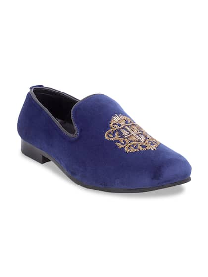 14fc5cb07 Velvet Footwear - Buy Velvet Footwear online in India