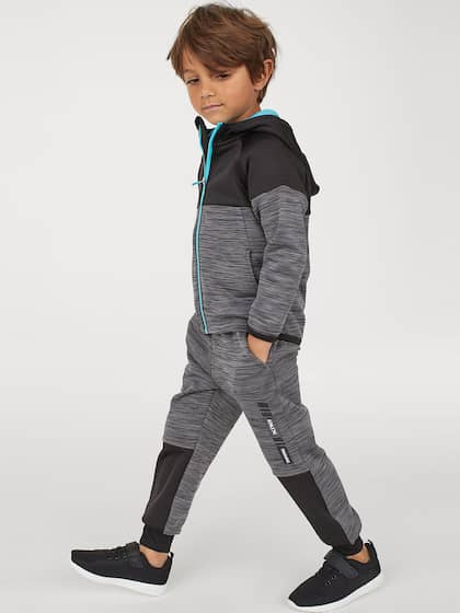 fe0d5c81a Boys Clothing - Buy Latest & Trendy Boys Clothes Online | Myntra