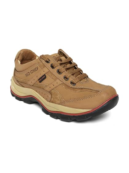 0fc7ea09f543 Leather Casual Shoes - Buy Leather Casual Shoes Online in India