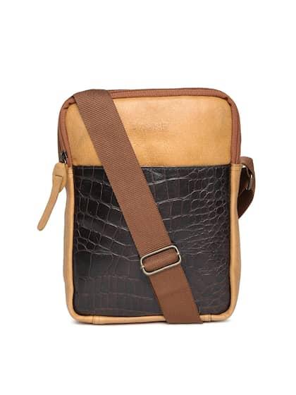 Nike Brunes Messenger Bags - Buy Nike Brunes Messenger Bags online ... 9cb3a1503a947