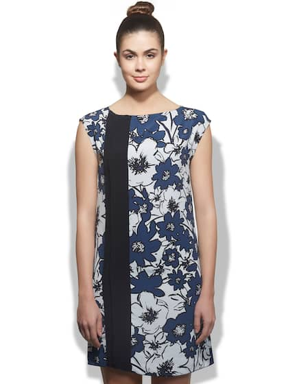 Sisley - Exclusive Sisley Online Store - Myntra 0e0725ab5