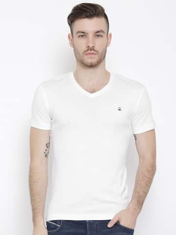 ffe64609429 United Colors Of United Colors Of Benetton Men Solid White Tshirts ...