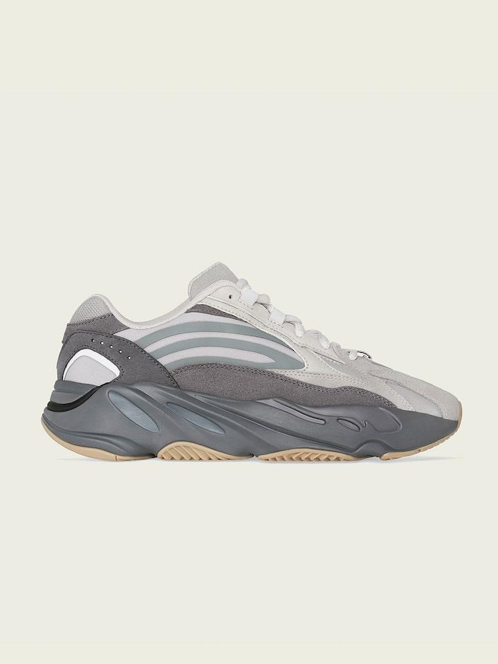 700 shoes