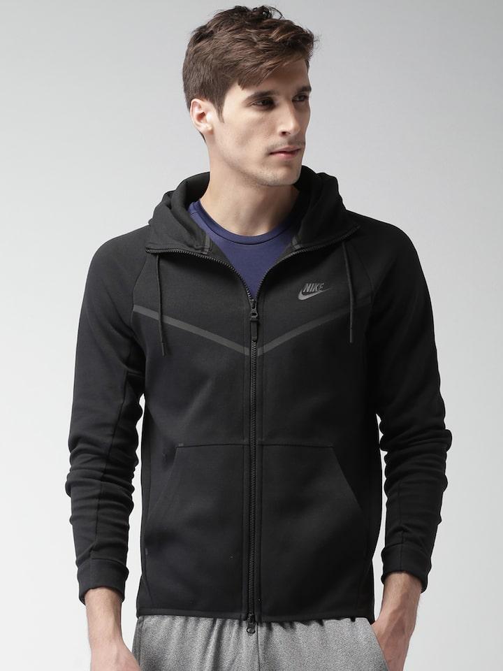 Nike Men Black Solid Hooded Tech Pack