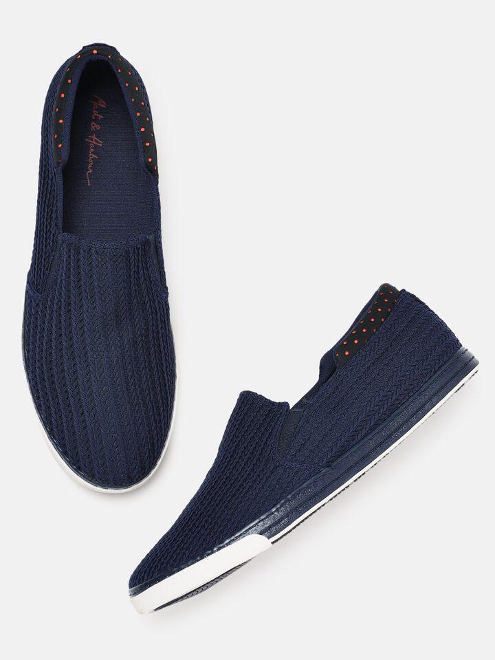 Buy Mast \u0026 Harbour Men Navy Blue Slip