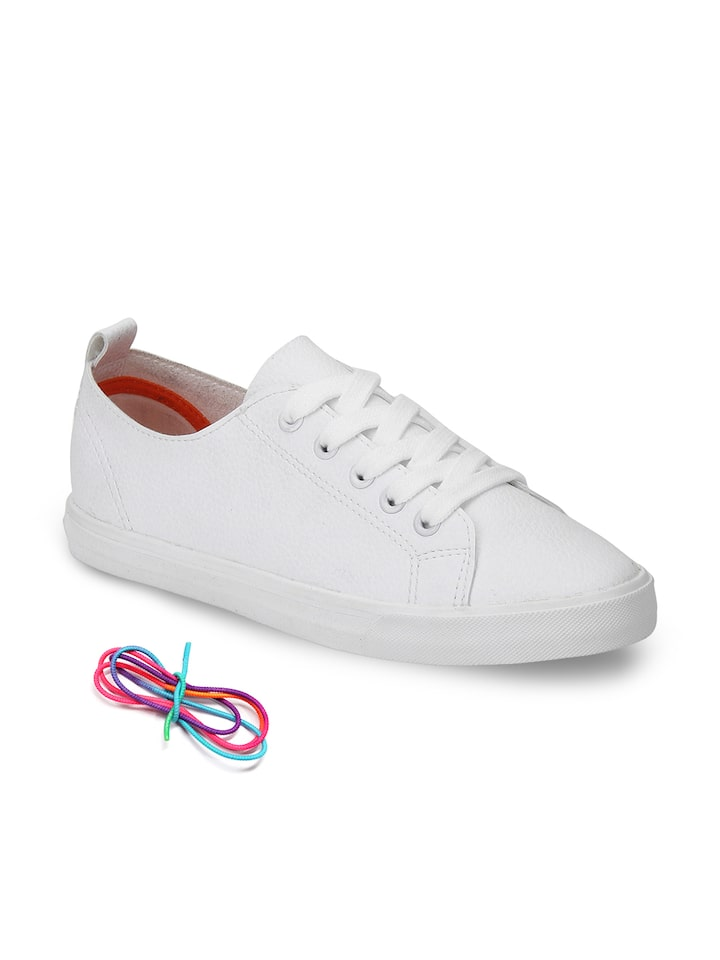 red tape white sneakers