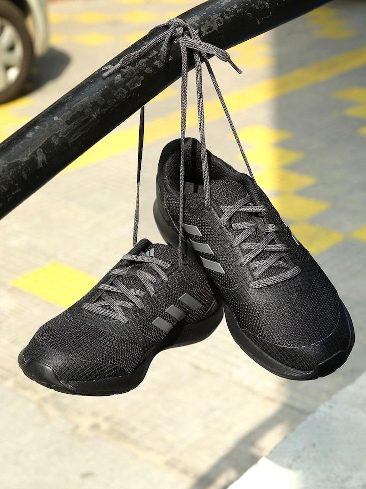 ADIDAS Men Black Razen 1 Running Shoes