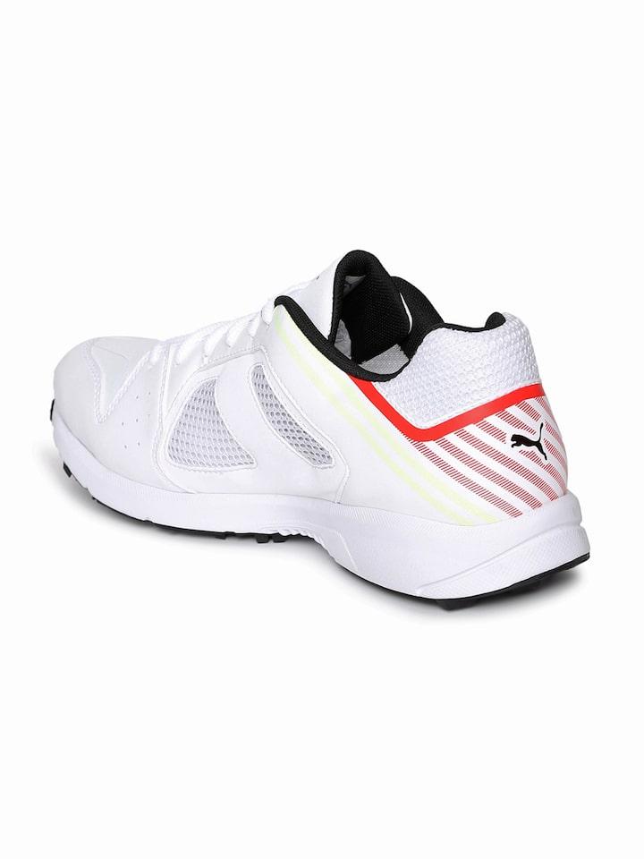 Puma White Team Rubber Cricket Shoes