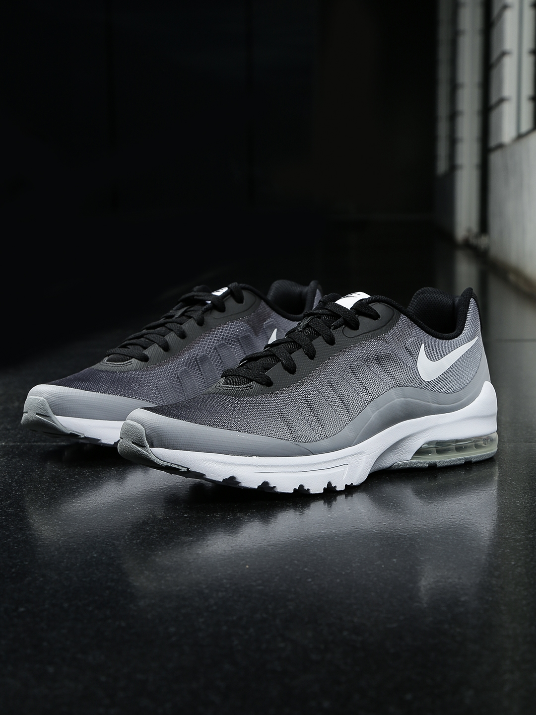 online store 9c855 bb889 11508330679276-Nike -Men-Grey-AIR-MAX-INVIGOR-PRINT-Sneakers-7211508330679070-1.jpg