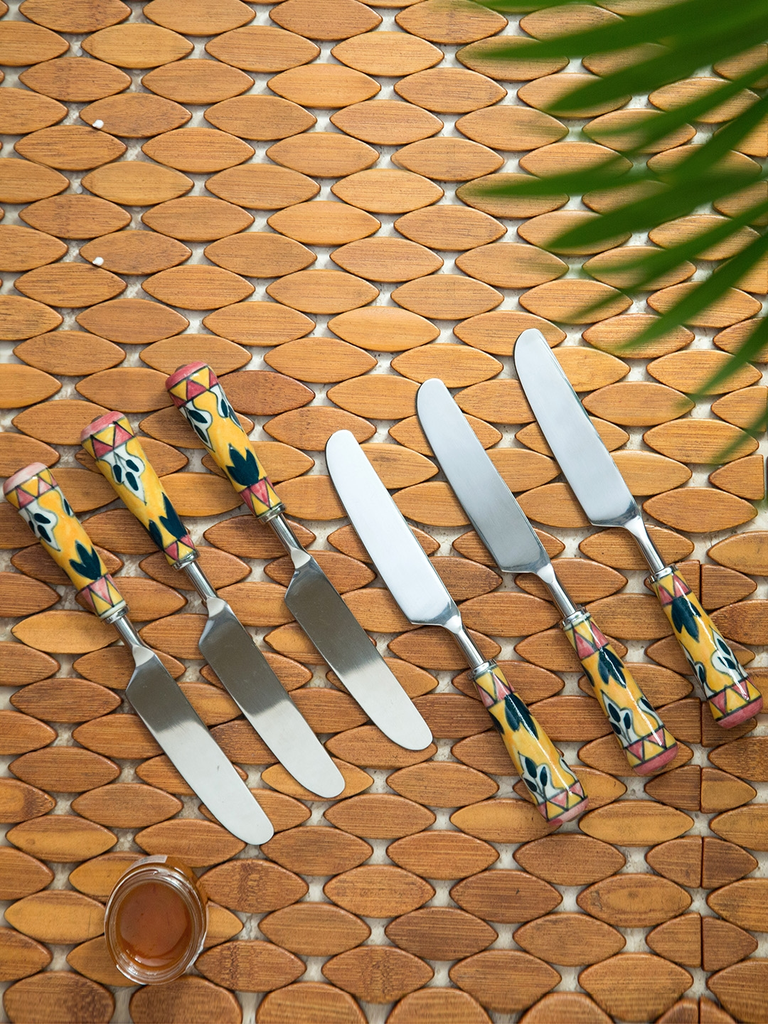 ExclusiveLane Silver Toned 6 Pieces Hand  Painted Stainless Steel Knives Set
