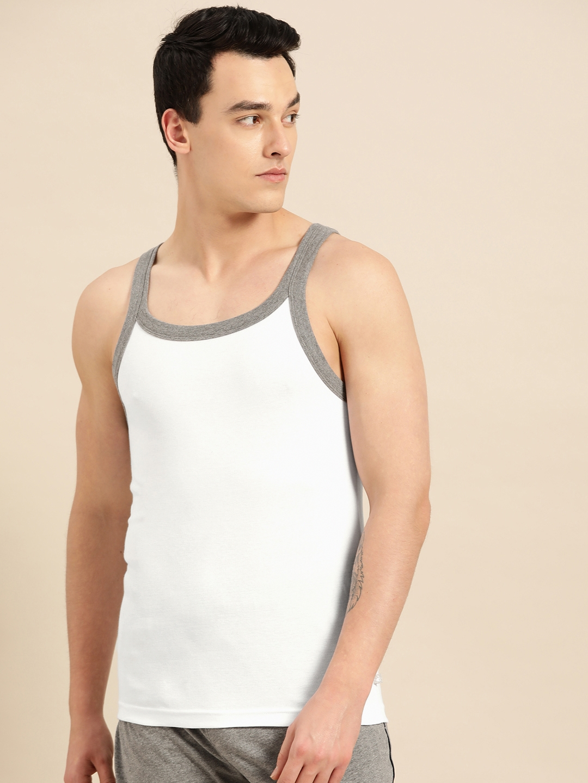 Jockey Men White Solid Innerwear Vest