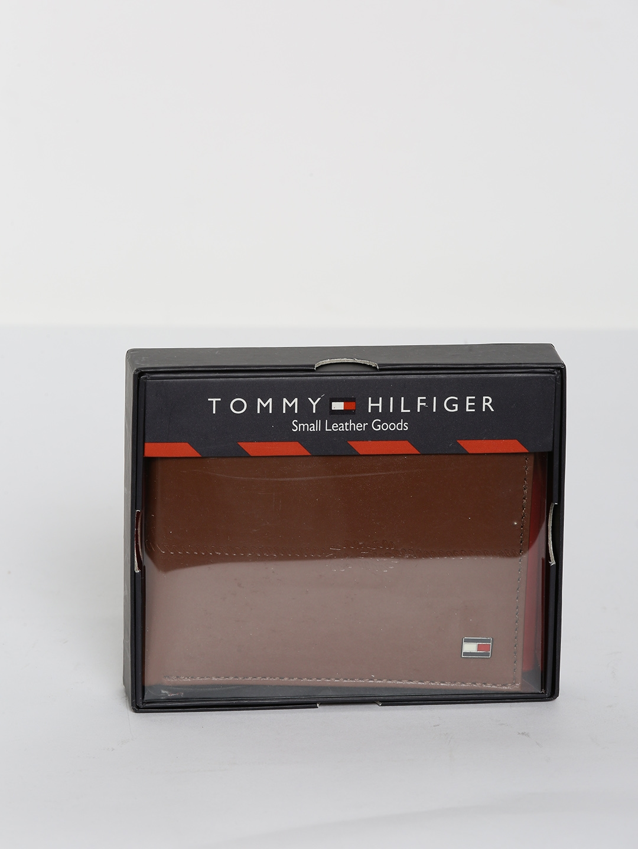 Tommy Hilfiger Men Tan Brown Genuine Leather Two Fold Wallet