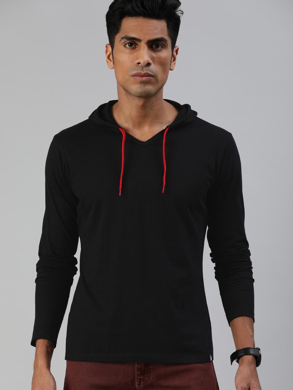 Urbano Fashion Men Black Solid Slim Fit Hood T shirt