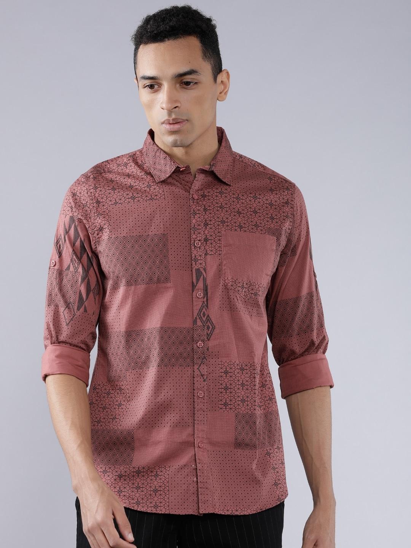 HIGHLANDER Men Dusty Pink   Black Slim Fit Geometric Print Casual Shirt