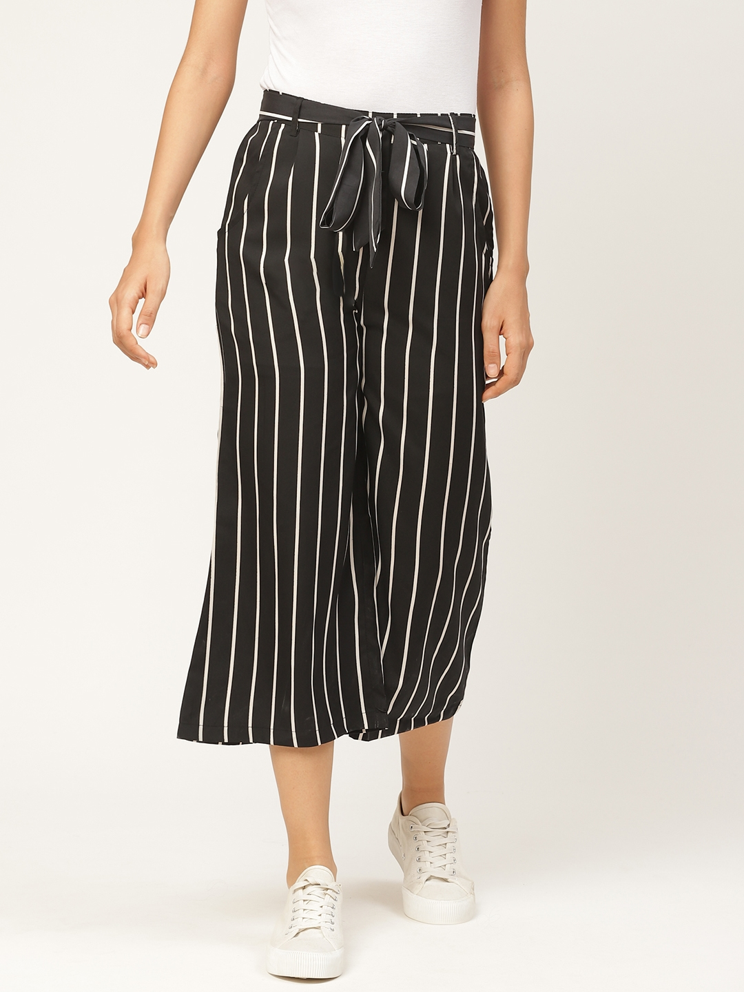 WISSTLER Women Black   White Relaxed Flared Striped Cropped Parallel Trousers