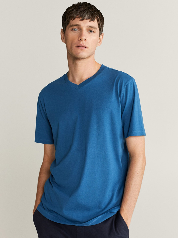 MANGO MAN Blue Organic Cotton Solid V Neck T shirt